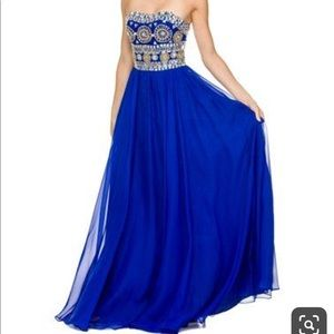 Nox prom dress size M